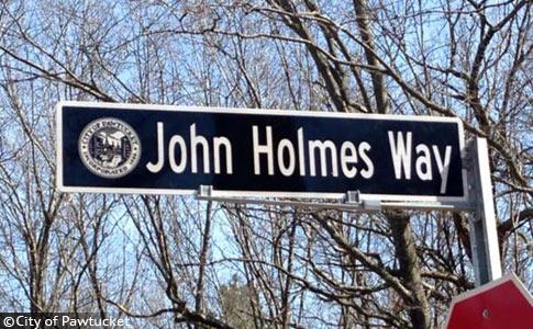 john holmes way, proponent of pit bull ban